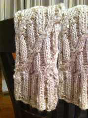 Sparkly Wandering Cable Legwarmers